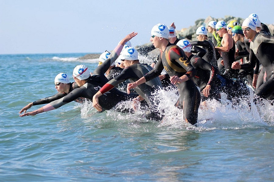 плавание любителей в длинном триатлоне